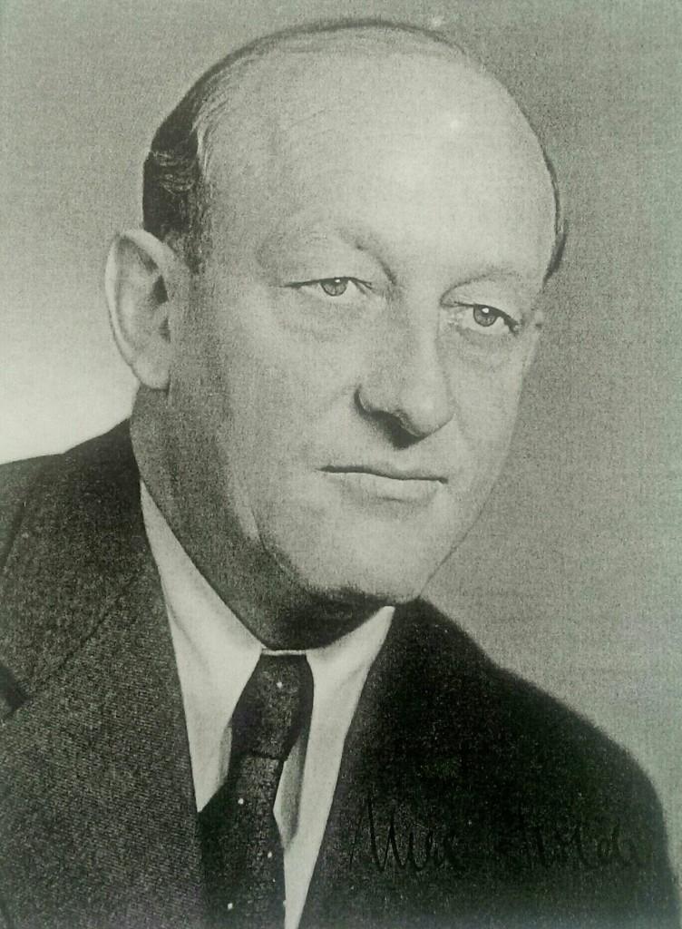 Max Holder